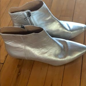 Madewell silver boots
